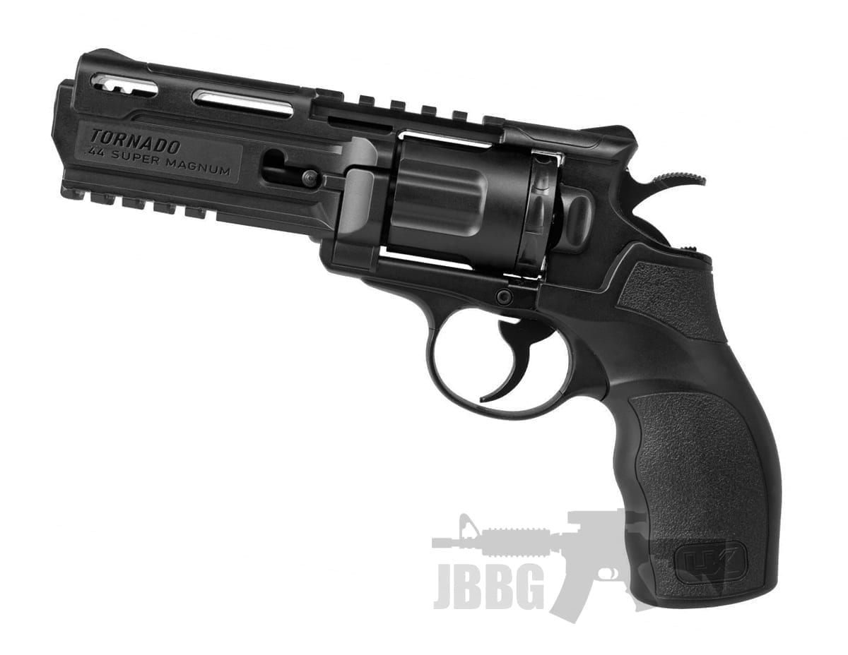 Ux Tornado Revolver