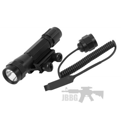 UTG 95 lumen 101 Combat Xenon Weapon Light with Integral Mount